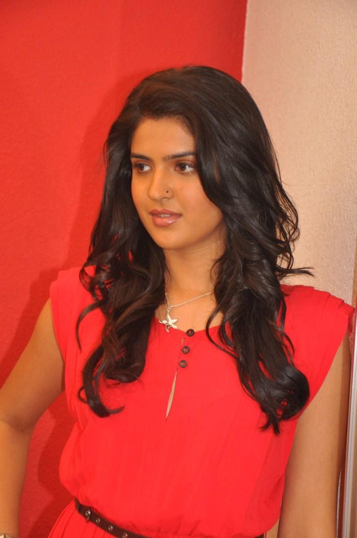 Picture 135205 | Actress Deeksha Seth Cute Stills | New ...