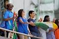 Rajinikanth, Mukesh Ambani, Nita Ambani, Aamir Khan @ 2011 World Cup Final