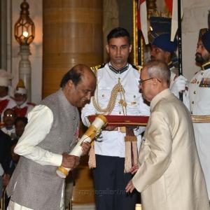 Rajinikanth was conferred Padma Vibhushan Award from President Pranab Mukherjee