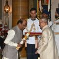 Rajinikanth was conferred Padma Vibhushan Award from President Pranab Mukherjee