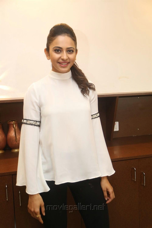 Telugu Actress Rakul Preet Pics @ Junior Kuppanna Restaurant Opening