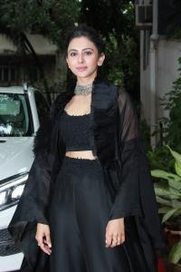 Actress Rakul Preet Singh inaugurates Azent Overseas Education Photos