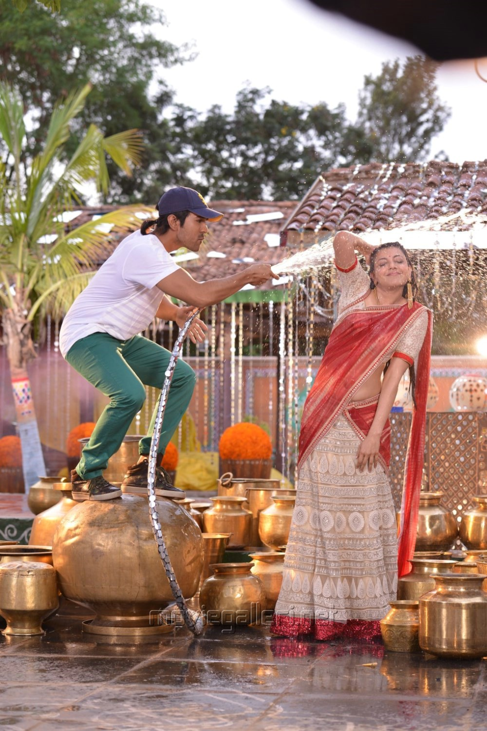 Ram Charan, Kajal Agarwal in Ram Leela Tamil Movie Stills