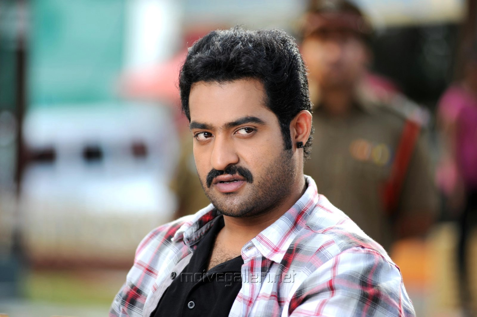 picture 577033 | ramaiya vastavaiya hero ntr latest stills | new