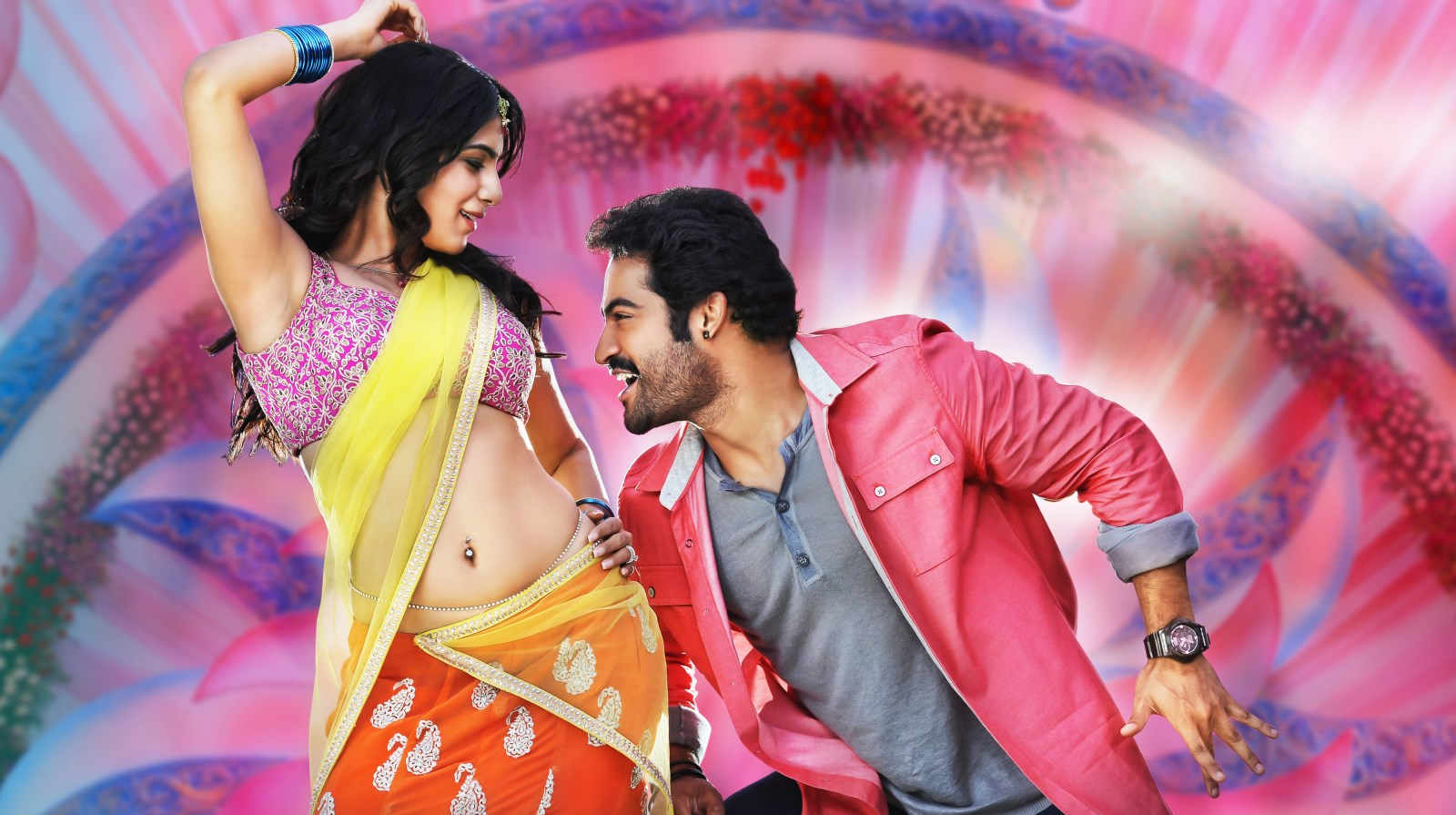 Hot Samantha, NTR in Ramaiya Vastavaiya New Photos