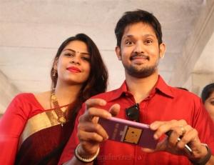 Shruthi Bhaskar, Nakul @ RJ Ramesh Thilak Navalakshmi Marriage Photos