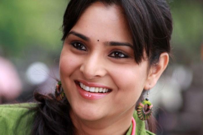 Kannada Actress Ramya Latest Cute Smile