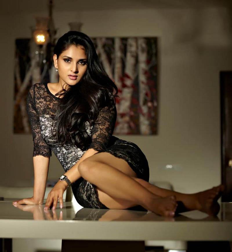 Actress Divya Spandana Hot