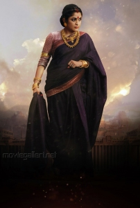Actress Ramya Krishna as Sivagami in Baahubali Movie Image