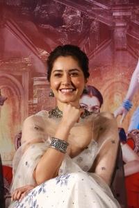 Aranmanai 3 Movie Heroine Raashi Khanna Cute Photos
