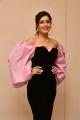 Prati Roju Pandage Actress Rashi Khanna Cute Images