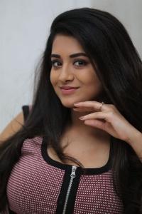 Actress Rashi Singh Stills @ Sashi Movie Interview