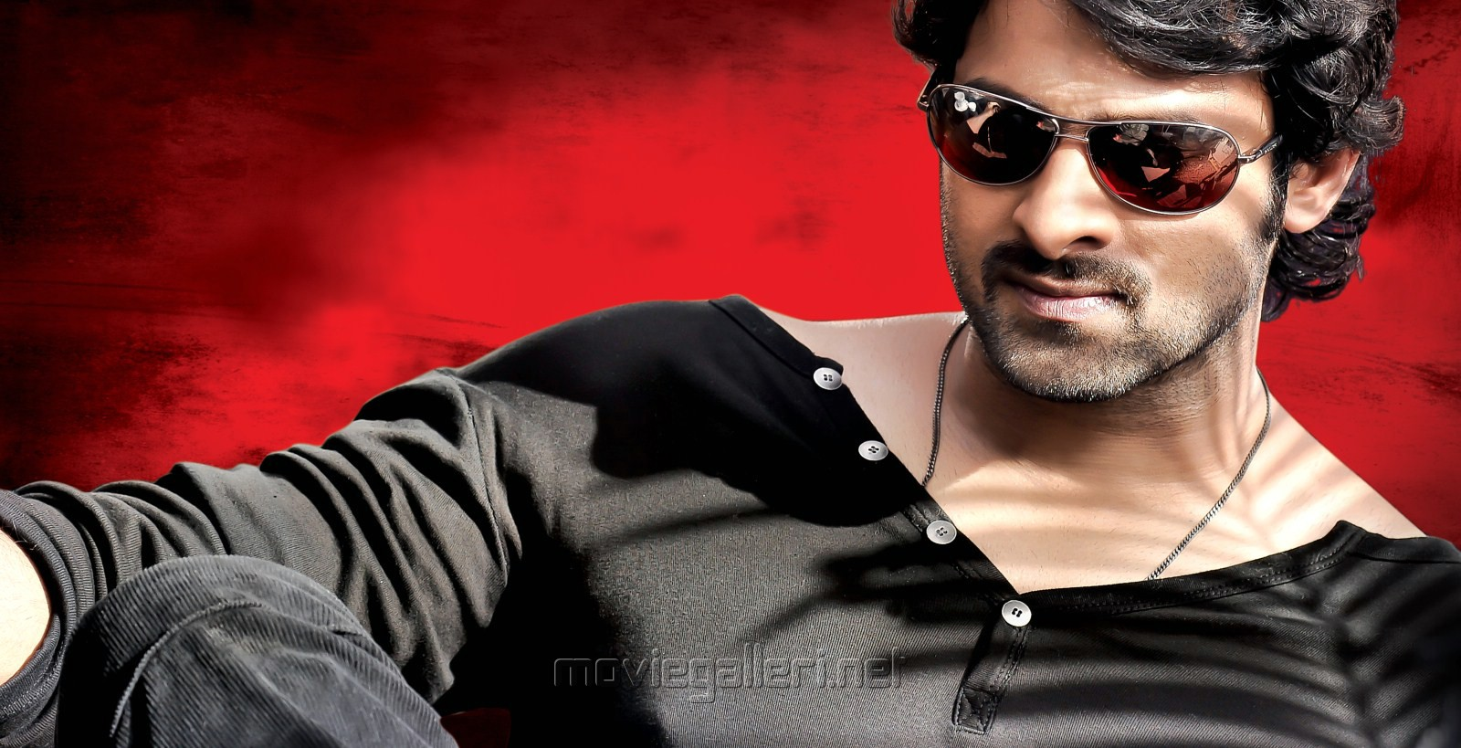 Stylish Prabhas Hq Wallpaper In Rebel
