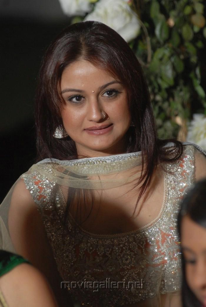 Actress Sonia Agarwal in Reema Sen Wedding Pics
