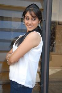 Telugu Actress Regina Cassandra Latest Photos