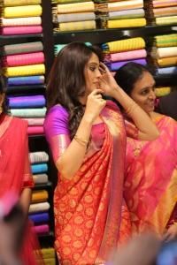 Actress Regina Cassandra launches Dress Circle Shopping Mall, Kadapa