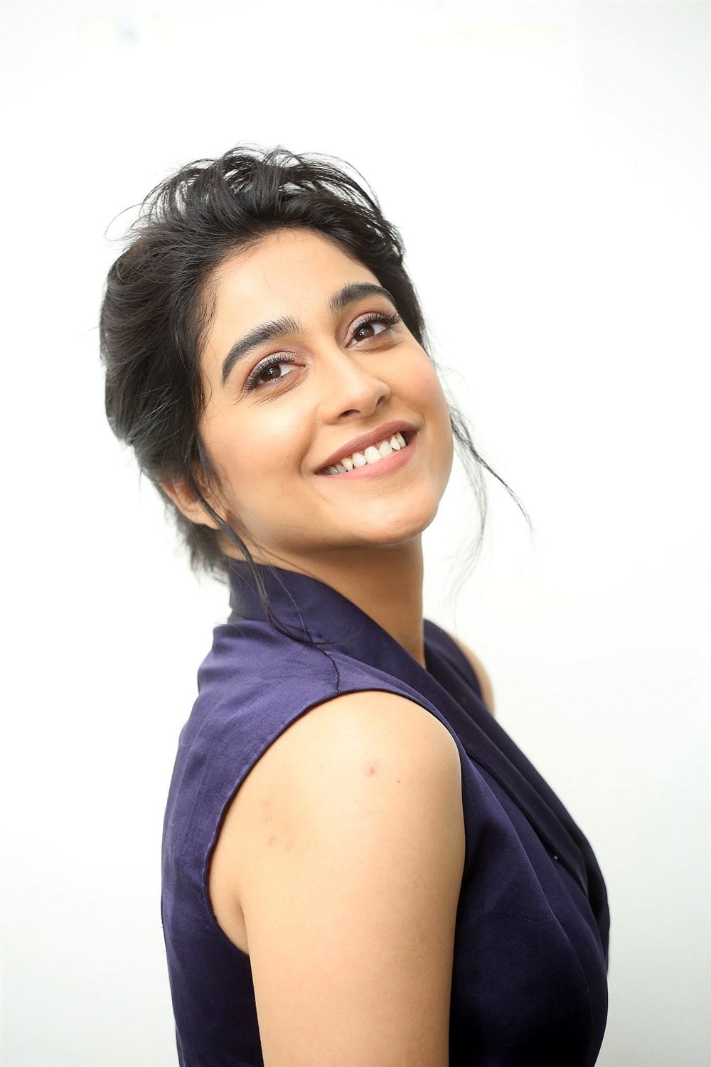 Actress Regina Cassandra HD Images @ Evaru Pre Release Event