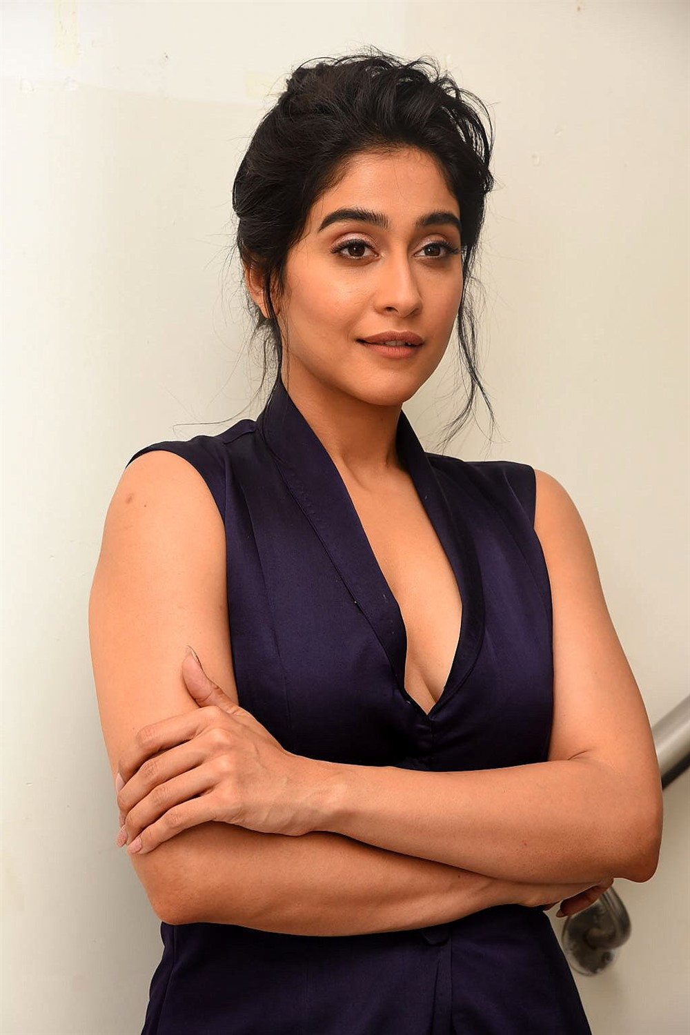 Actress Regina Cassandra New HD Images @ Evaru Pre Release Event