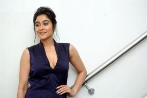 Actress Regina New HD Images @ Evaru Pre Release Event