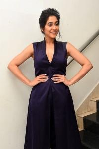 Actress Regina Images HD @ Evaru Pre Release
