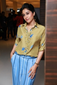 Actress Regina HD Photos @ Mr Chandramouli Audio Launch