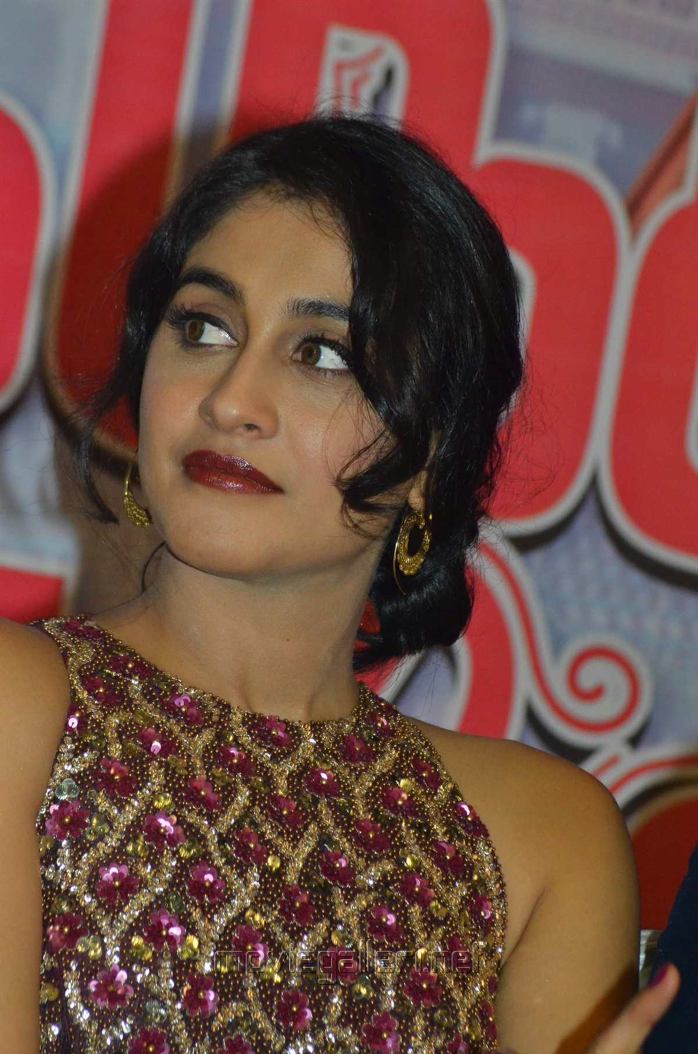 Actress Regina Stills @ Saravanan Irukka Bayamaen Movie Success Meet