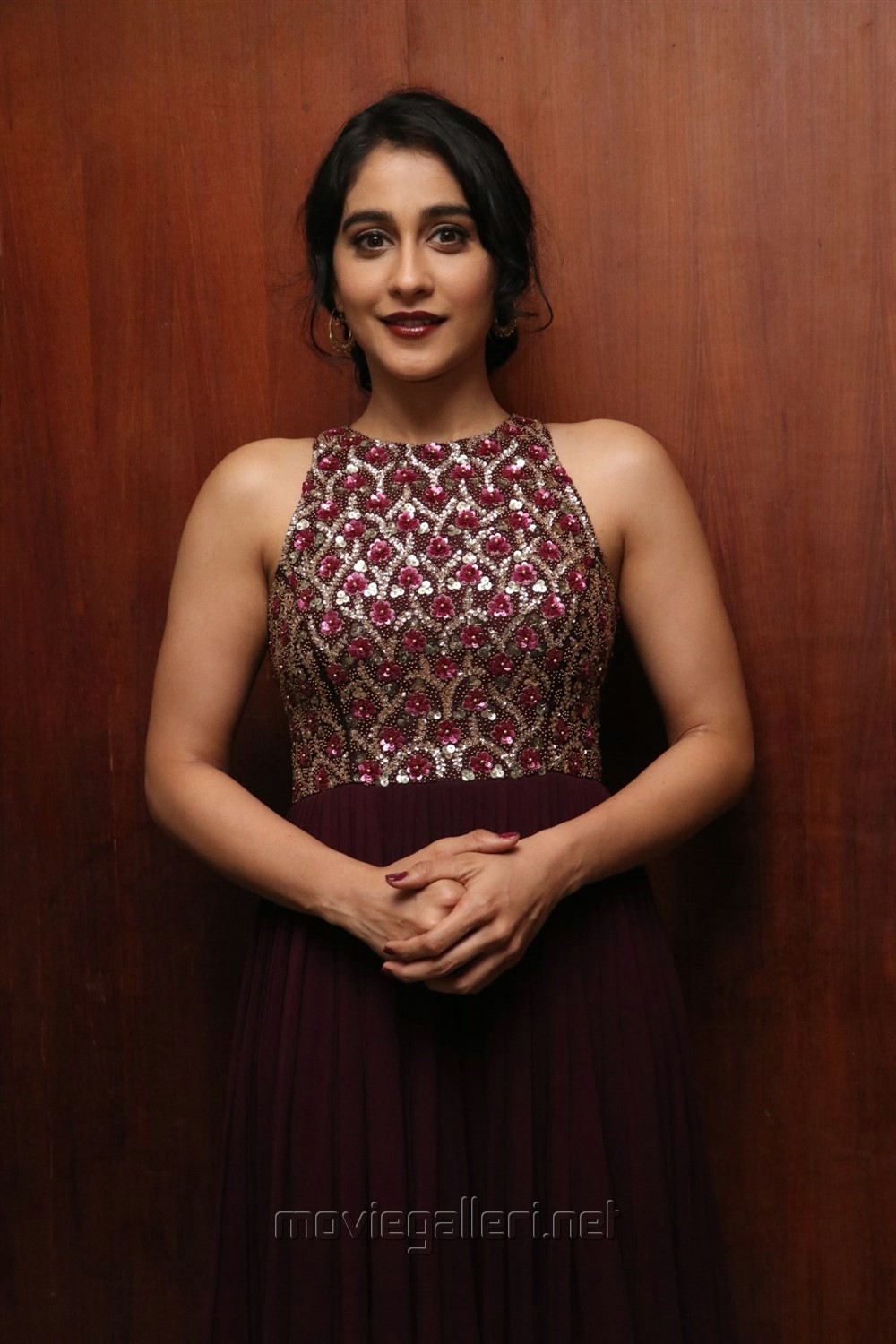 Actress Regina Cassandra New Stills @ Saravanan Irukka Bayamaen Success Meet