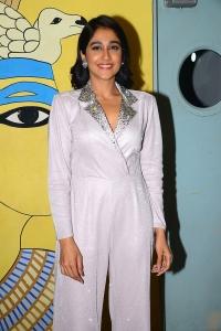 Actress Regina Latest Stills @ Evaru Movie Premiere Show