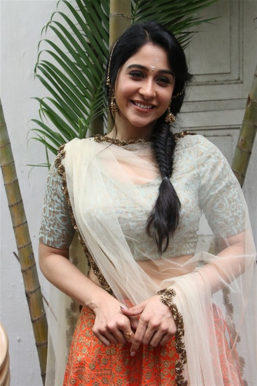 Actress Regina Cassandra New Stills @ Mr Chandramouli Movie Pooja