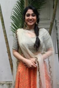 Mr Chandramouli Movie Actress Regina Cassandra New Stills