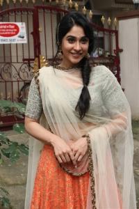 Actress Regina Cassandra New Stills @ Mr Chandramouli Movie Poojai