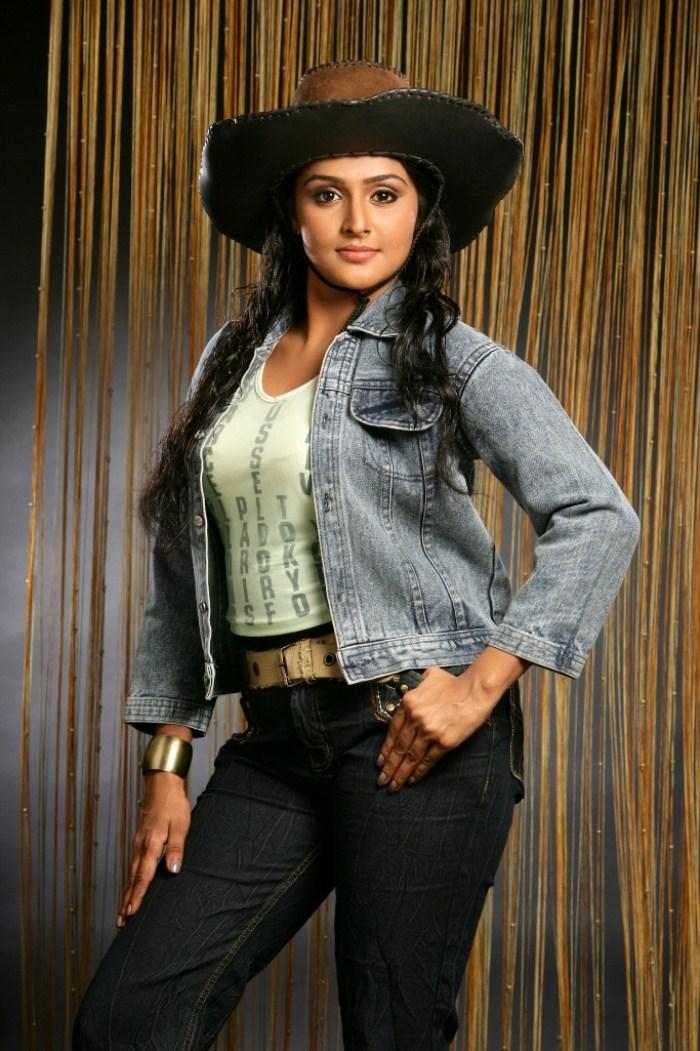 Remya Nambeesan Hot Photoshoot Stills [ Gallery View ]