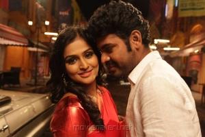 Ramya Nambeesan, Vimal in Rendavathu Padam Tamil Movie Photos