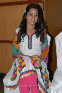 Actress Reshma at at Crescent Cricket Cup 2012 Curtain Raiser