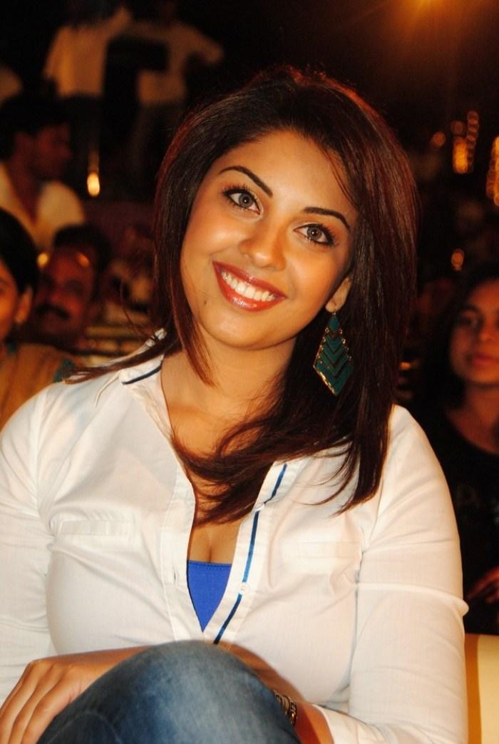 Richa Gangopadhyay at Ee Rojullo Movie Audio Launch Photos