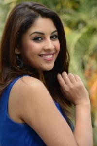 Richa Gangopadhyay Photos at Mirchi Telugu Movie Interview