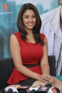 Actress Richa Gangopadhyay Red Dress at Mirchi Success Meet