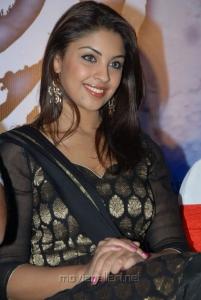 Actress Richa Gangopadhyay Hot Photos in Churidar Dress