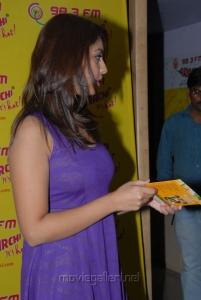 Richa Gangopadhyay Hot Pics in Sleeveless Dress at Radio Mirchi, Hyderabad