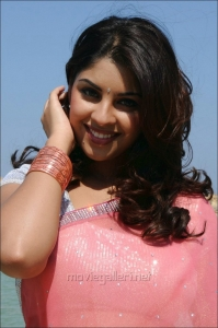 Actress Richa Gangopadhyay in Saree Photos in Sarocharu Movie