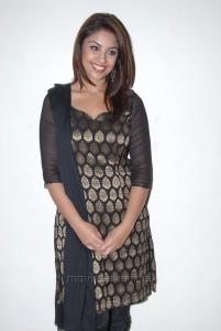 Richa Gangopadhyay in Banarasi Salwar Kameez Pictures
