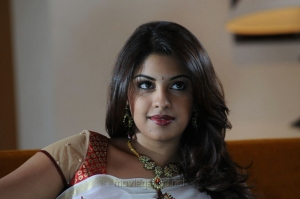 Osthi Richa Gangopadhyay Hot in White Saree Wallpapers