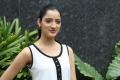 actress_richa_panai_stills_the_golkonda_hotel_hyderabad_8476402