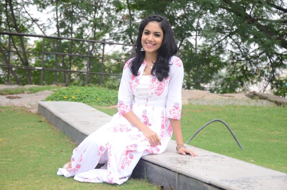 Actress Reetu Varma Photos @ Pelli Choopulu Press Meet