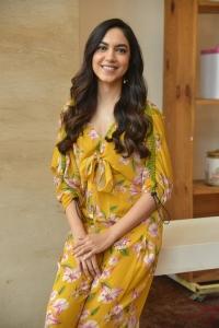 Tuck Jagadish Movie Actress Ritu Varma Interview Stills