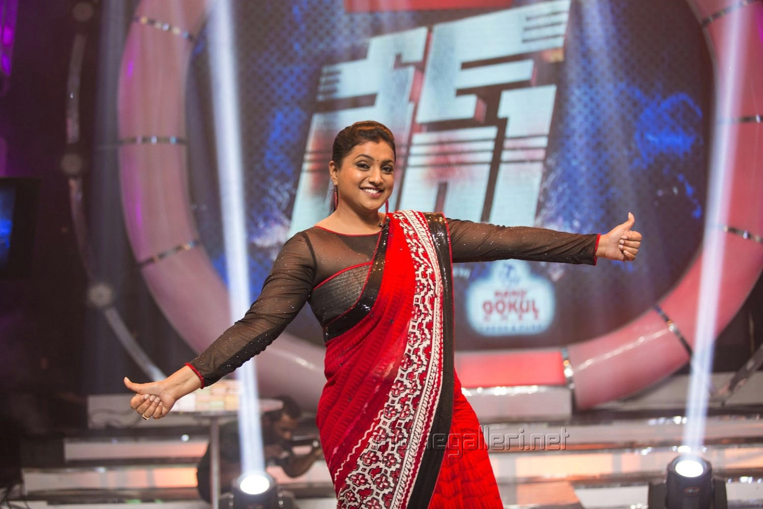 Picture 788440 | Actress Roja Photos in Race Game Show ...