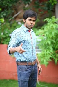 Actor Parvatheesam @ Rojulu Marayi Movie Team Photos