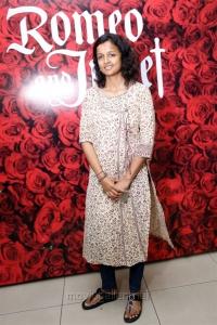 Kiruthiga Udhayanidhi @ Romeo Juliet Indian Musical Stage Show Day 2 Stills