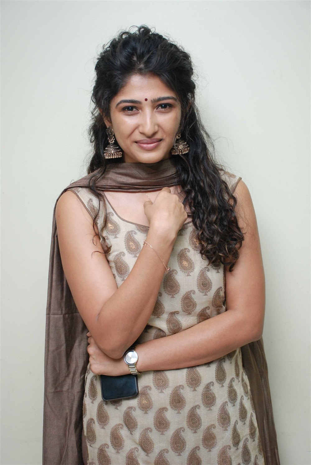 Actress Roshini Prakash New Photoshoot Stills