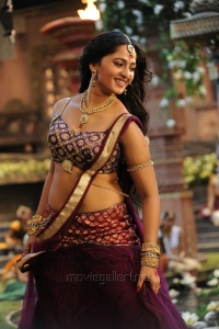 Actress Anushka Pics in Rudramadevi Movie